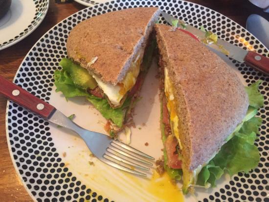 El Living : sandwich