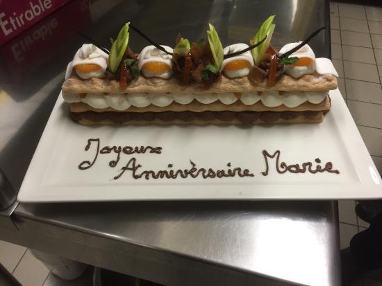 Lons-le-Saunier, Francia: Pour vos anniversaires !