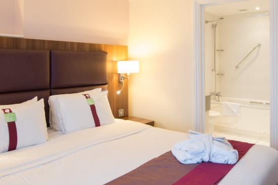 Newport Pagnell, UK: Executive Guest Room
