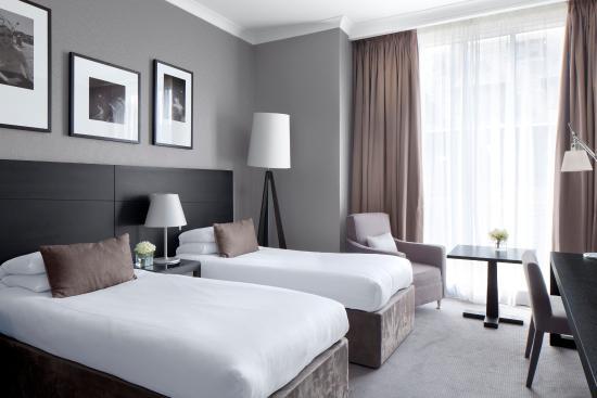 Radisson Blu Hotel, Glasgow: Will Pryce FL