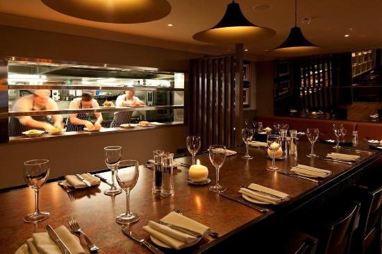Malone Lodge Hotel & Apartments: Restaurant
