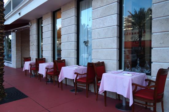 North Miami Beach, FL: VillaCastelliRestaurant.com