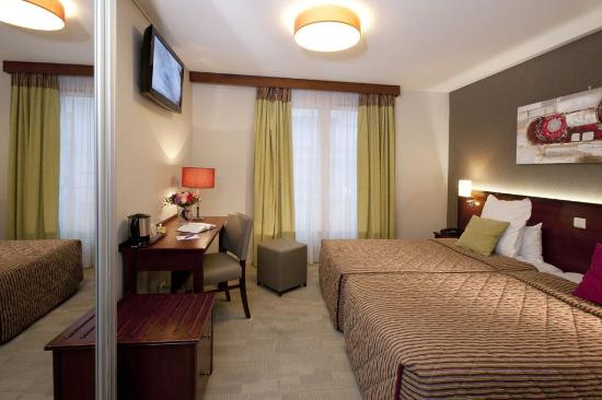 Issy-les-Moulineaux, Francia: Standard Room for 1 or 2 pers