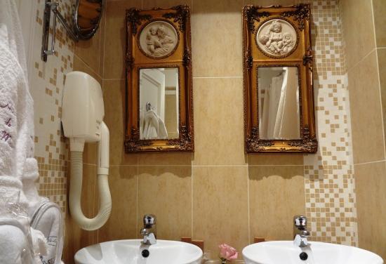 Photo of Hotel De Latour Maubourg Paris