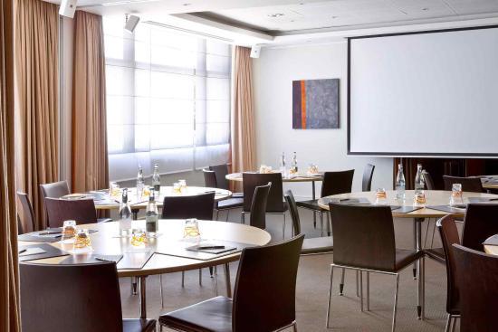 La Defense, Francia: Meeting Room