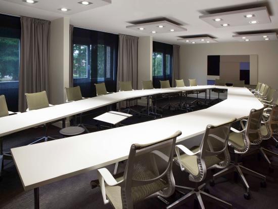 Ury, Francia: Meeting Room