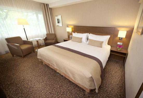 Bilderberg Garden Hotel: Deluxe RoomIII