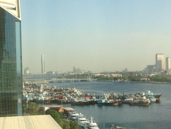 show topic travel taxi metro cheaper dubai emirate