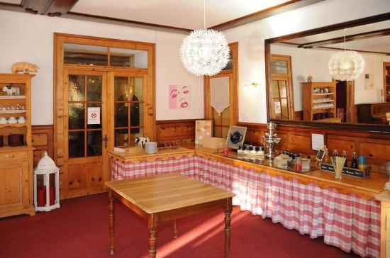 Champery, İsviçre: Restaurant