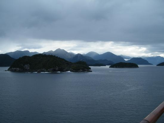 Fiordland National Park (Te Wahipounamu): as the mist cleared