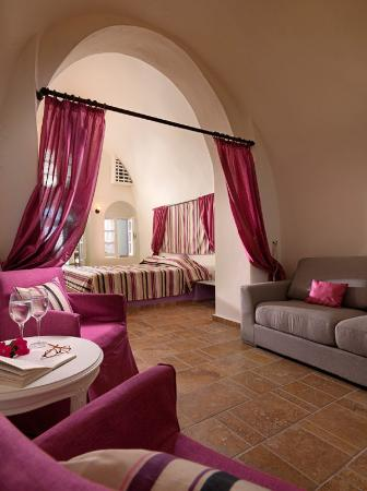 Tholos Resort: Family suite(outdoor jacuzzi)