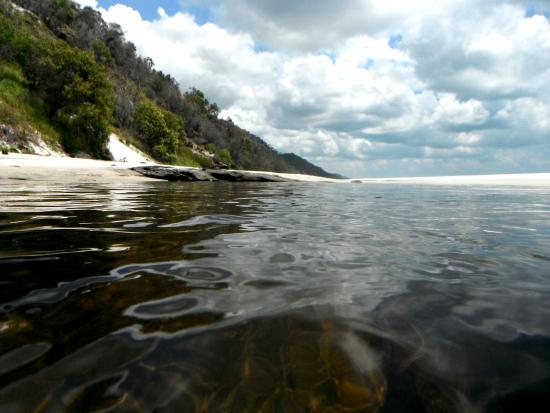 Херви-Бей, Австралия: Cooling off in the fresh waters of Awinya