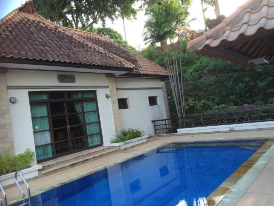 Nirwana Gardens - Indra Maya Pool Villas