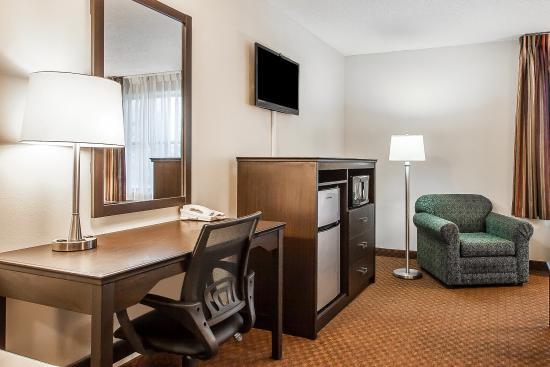 Quality Inn Murfreesboro: Guest Room