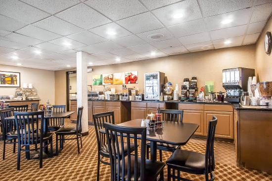 Quality Inn Murfreesboro: Breakfast