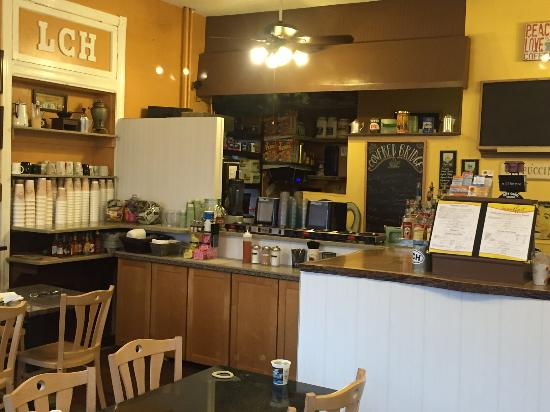 Langhorne Coffee House and Restaurant: Bright White