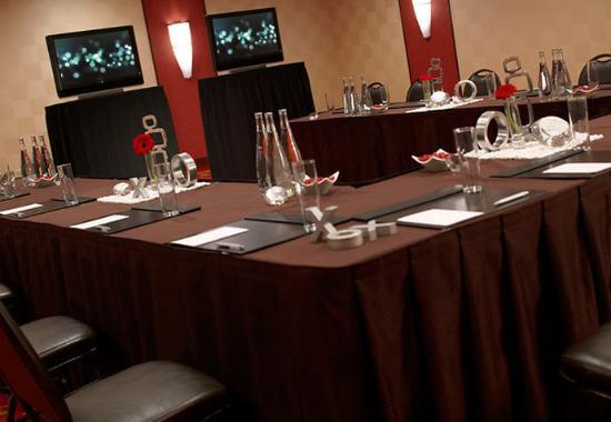 Carmel, IN: Forsyth Meeting Room