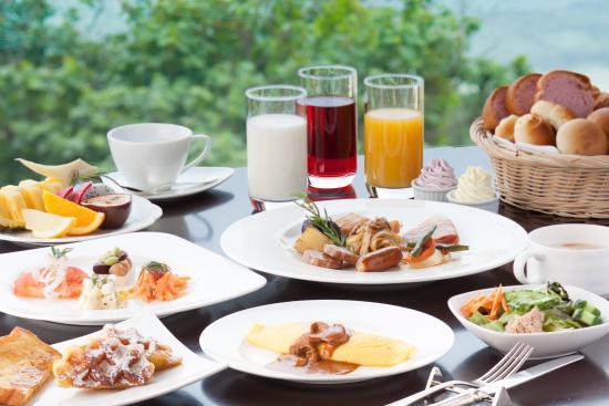 Hotel Nikko Alivila Yomitan Resort Okinawa: ≪朝食≫多彩なお料理の洋食バイキング≪食事≫