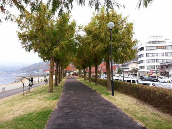 Suwa, Japonia: In front of hotel