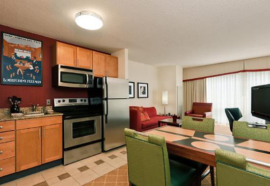 Bedford Park, IL: Two-Bedroom Suite Kitchen