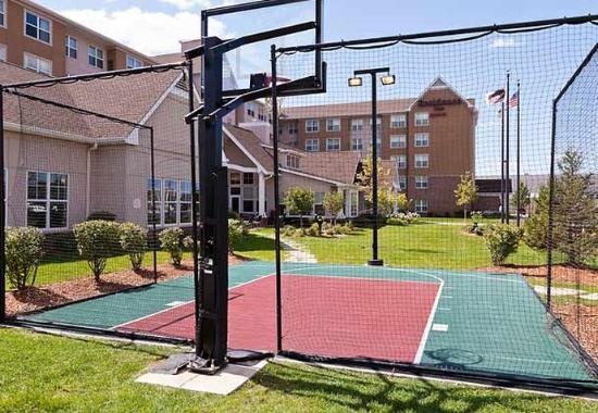 Bedford Park, IL : Sport Court