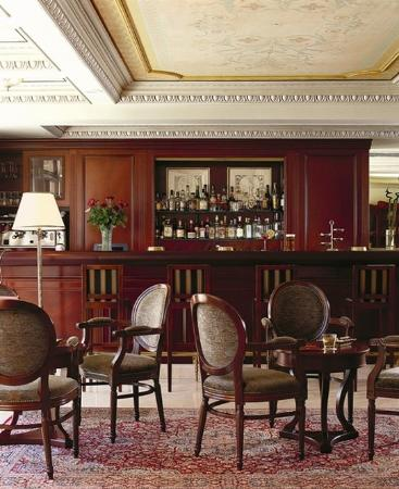 Electra Palace Hotel - Athens: DUCK TAIL BAR