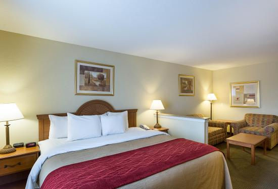 Marrero, LA: King suite