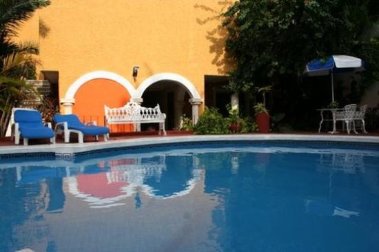 Photo of Suites Cancun Centro