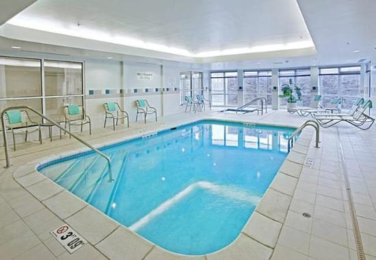 Ankeny, IA: Indoor Pool & Spa