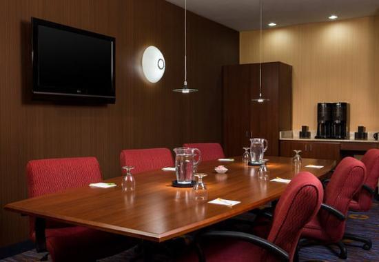 Ankeny, IA: Boardroom