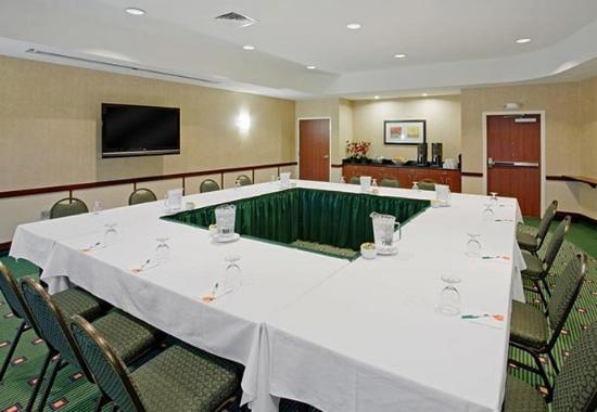 Ankeny, IA: Courtyard Meeting Room