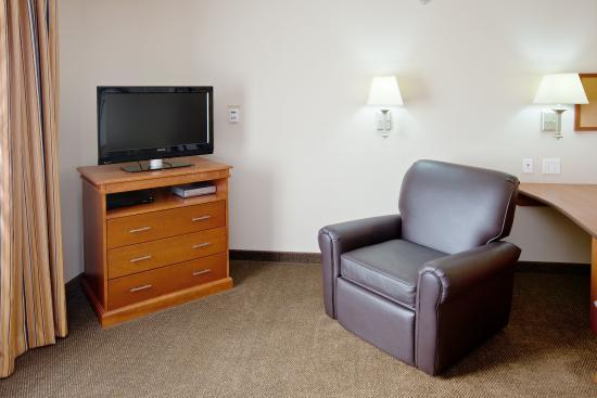 Greenwood, IN: Studio TV and Recliner
