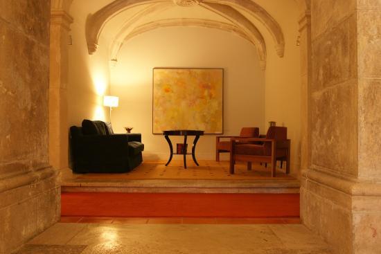 Оурем, Португалия: Lobby