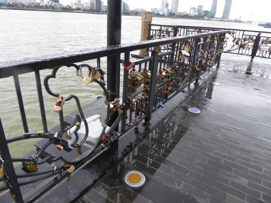Vietnam Easy Rider - Day Tours: Lover Locks near in Da Nang. Yes it was raining!