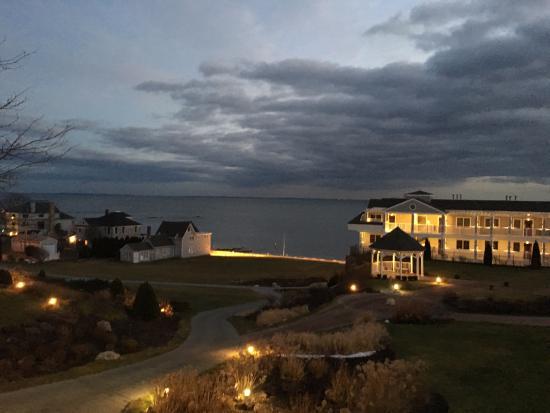 Water's Edge Resort & Spa: Sunset Majestic Beauty