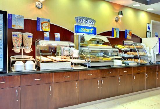 Lake Elsinore, Kalifornien: Breakfast Bar