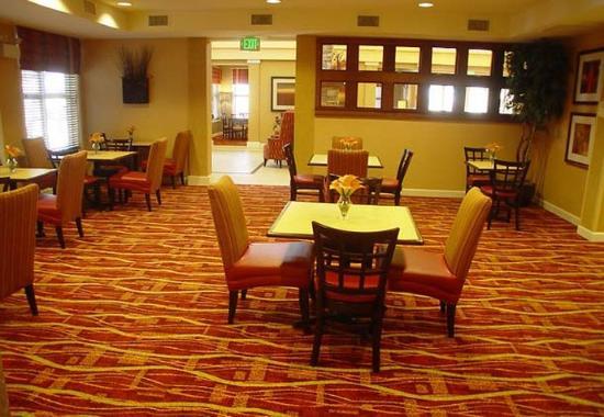 College Station, تكساس: Gatehouse Dining Area
