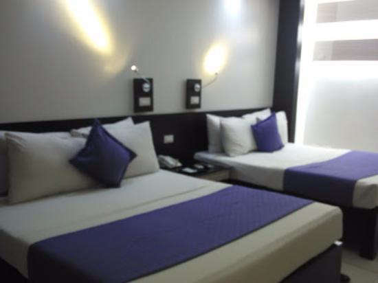 The Executive Plaza Hotel Manila Photo