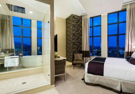 Burnaby, Kanada: Royal Suite