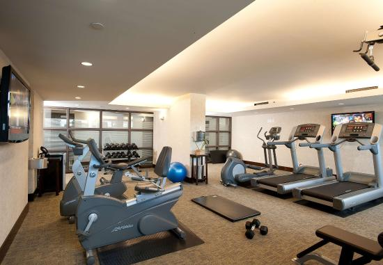 Burnaby, Canada : Fitness Center