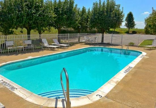 Shepherdsville, KY: Outdoor Pool