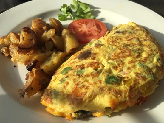 Westbrook, CT: The Omelet and Home Fries