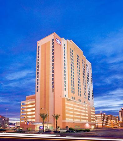 SpringHill Suites Las Vegas Convention Center: Exterior