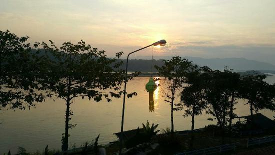 Chiang khong River View Hotel