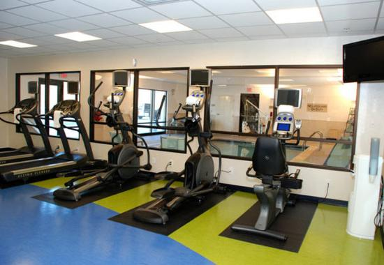 Windsor Locks, CT : Fitness Center