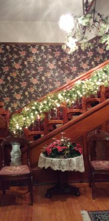Macomb, IL: The Bailey House is beautifully decorated for the holidays