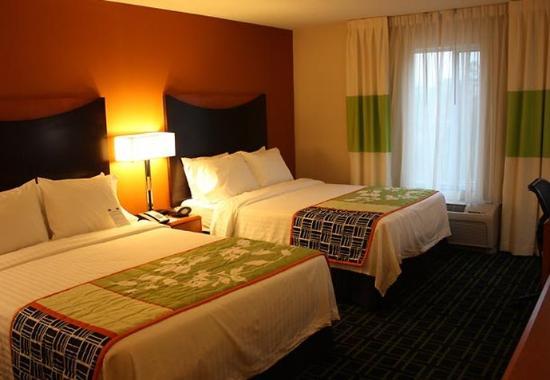 Morgantown, WV: Queen/Queen Guest Room
