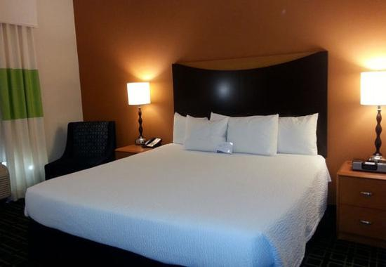 Milledgeville, GA: King Guest Room