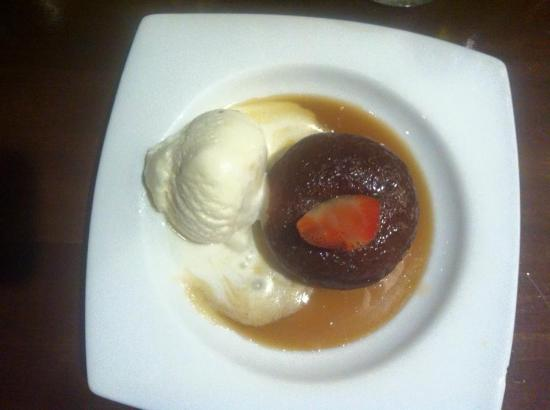 Sylvania, Australia: Diving Sticky Date Pudding!