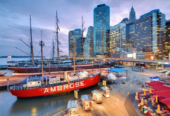 Holiday Inn Express New York City-Wall Street: South Street Seaport